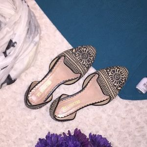 Restricted d'Orsay well stepped flats sz 7